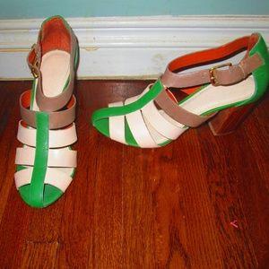 Celia Elizabeth And James Strappy Sandals 9 1/2B